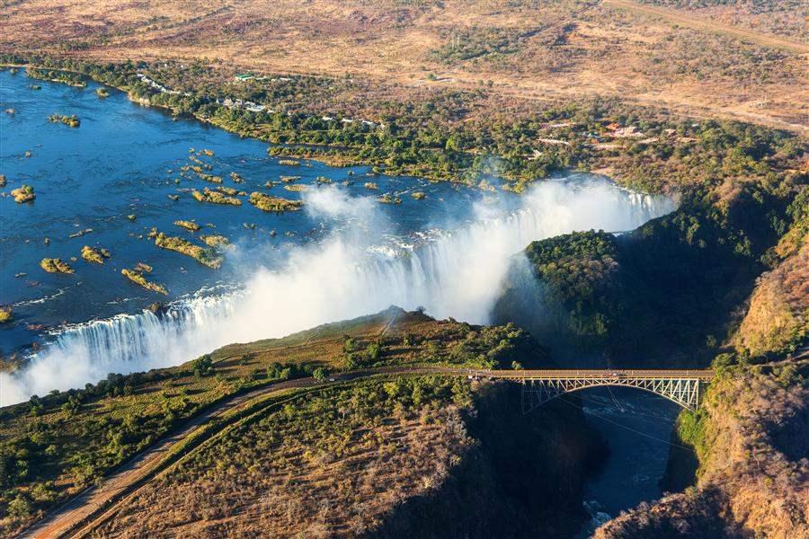 Zambia_VicFalls