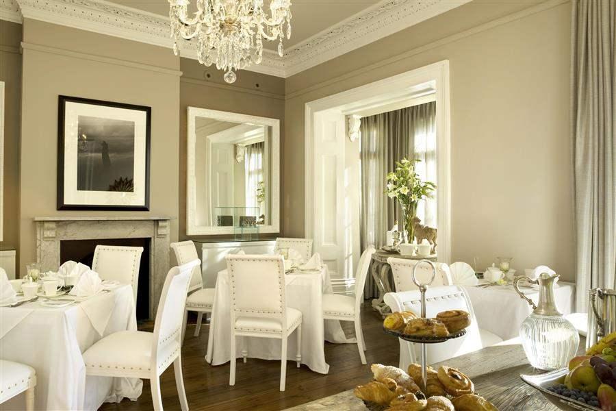 houseBedroomDiningRoom