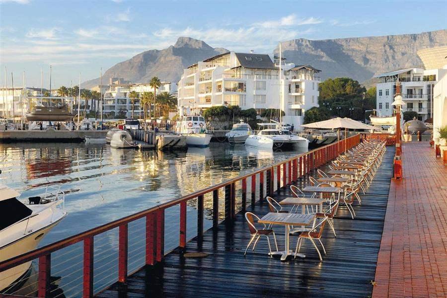 Radisson Bluwaterfront Hotel Exterior Marina
