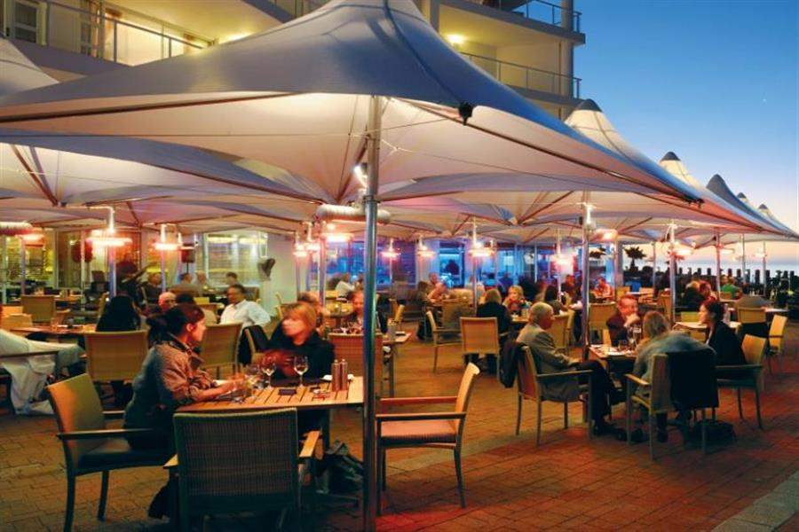 Radisson Bluwaterfront Outdoor Dining