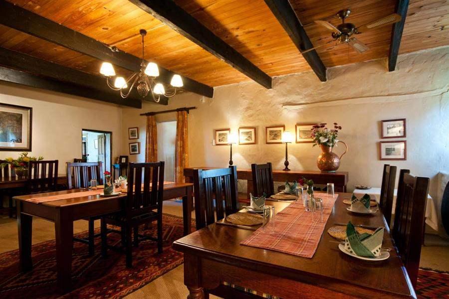 Amakhala Leeuwenbosch Dining Room