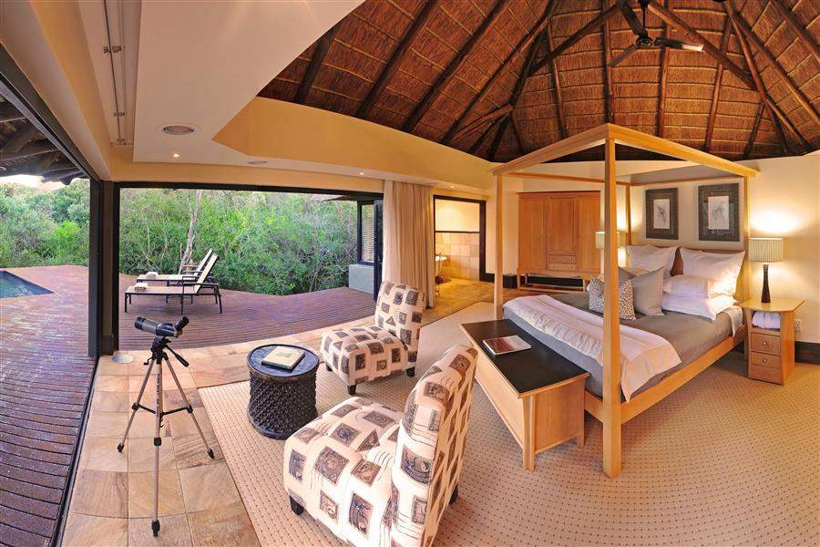 Shamwari Eagles Crag Lodge Bedroomwith Deck Pool