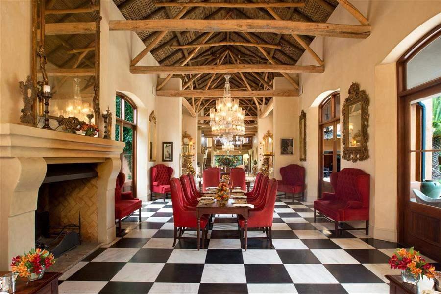 La Residence Dining Area