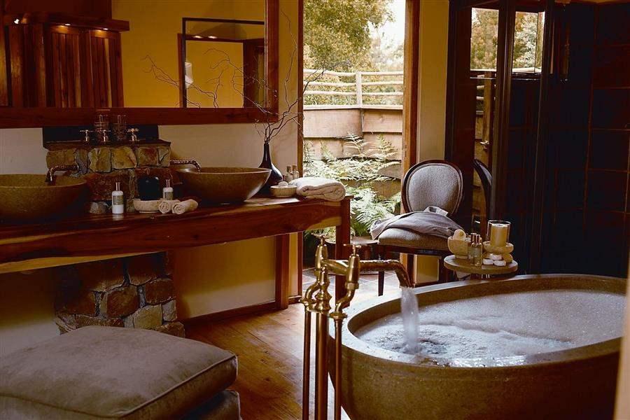 Tsala Treetop Lodge Tsala Suite Bath