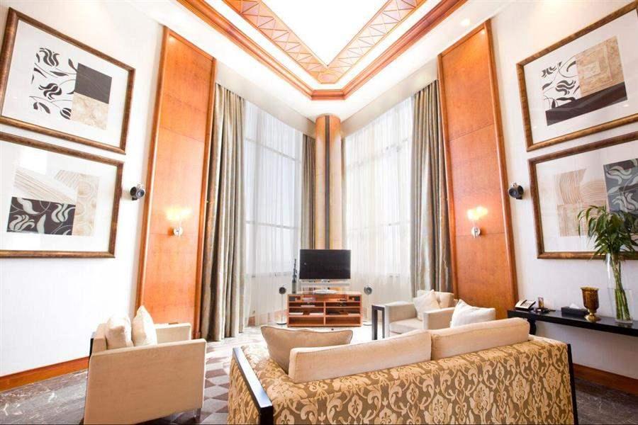 Intercontinental Sandton Towers Lounge Area