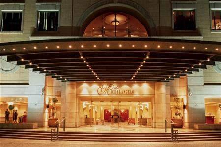 Michelangelo Hotel Exterior