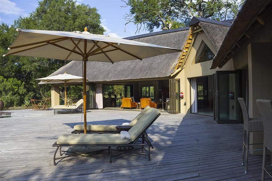 Thornybush River Lodge Main Deck In Shadow