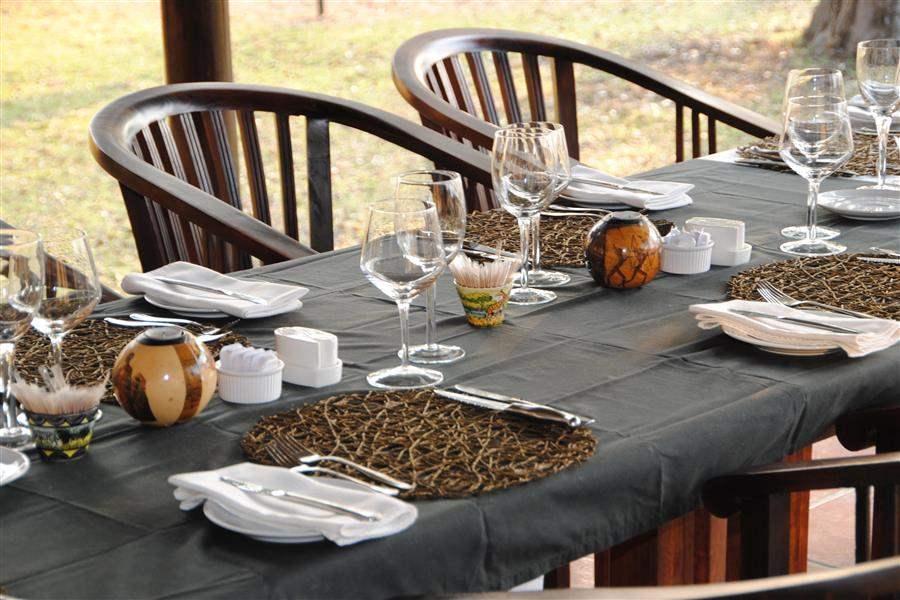 Thornybush Serondella Lodge Dining