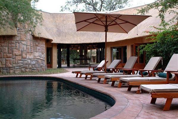 Thornybush Shumbalala Game Lodge Pool Loungers