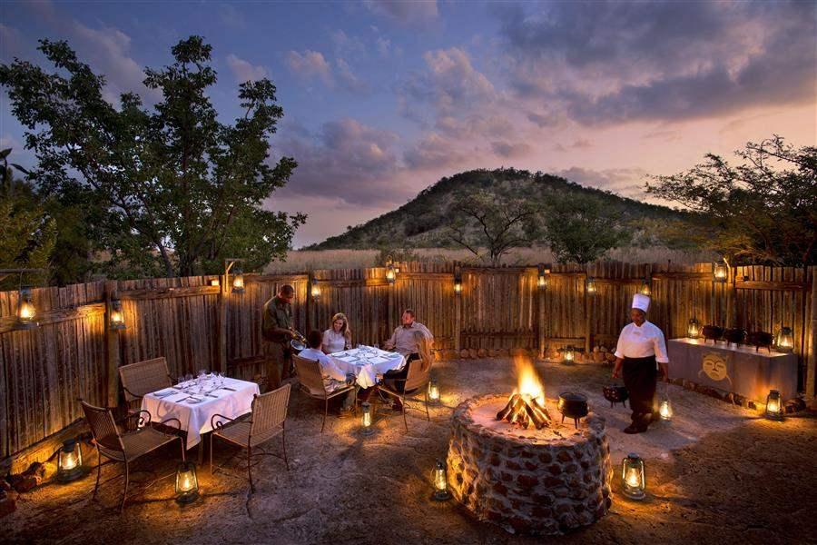 Kwa Maritane Bush Lodge Boma Dining