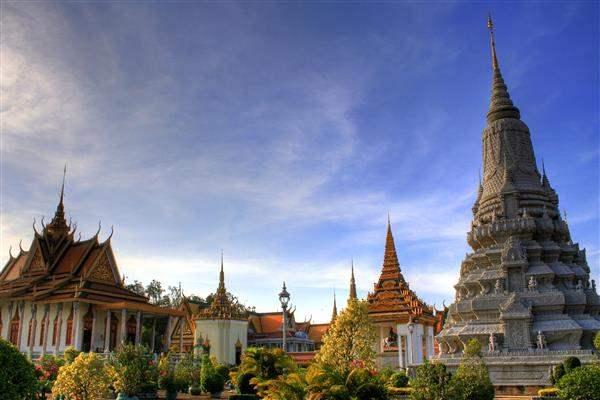 temple luxurious cambodia