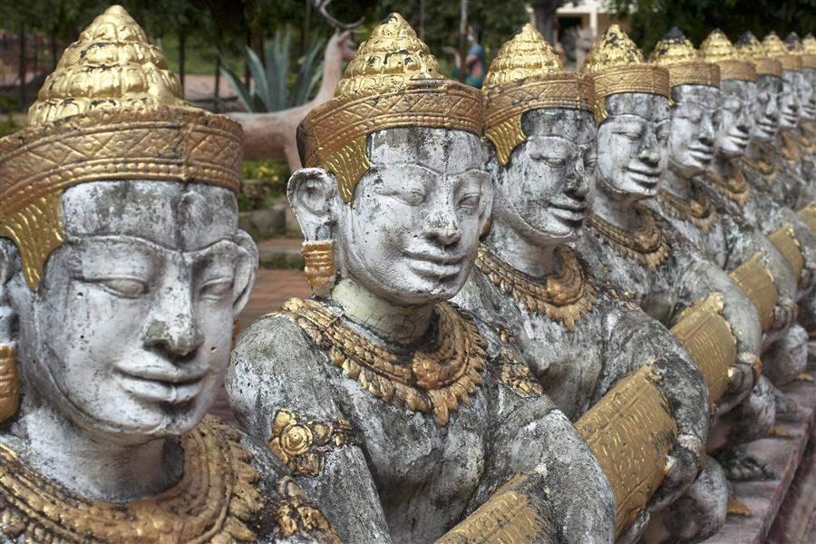 Cambodia Kompong Cham Temple 2