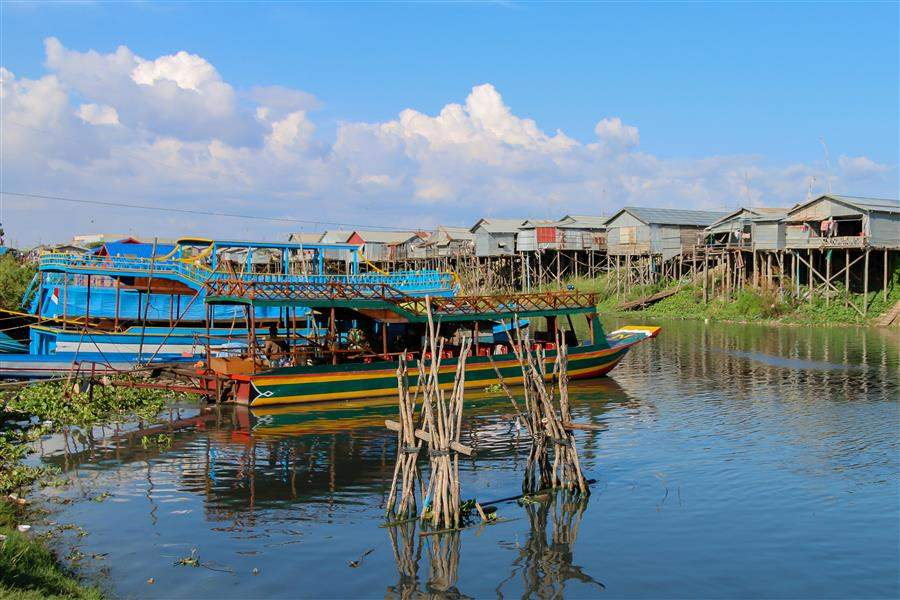 Cambodia Siem Reap Floating village 1