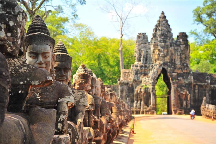 Cambodia angkor thom 1