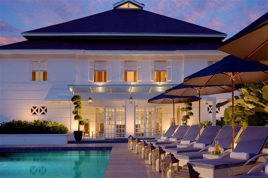 Majestic Hotel Kuala Lumpur Pool At Sunset