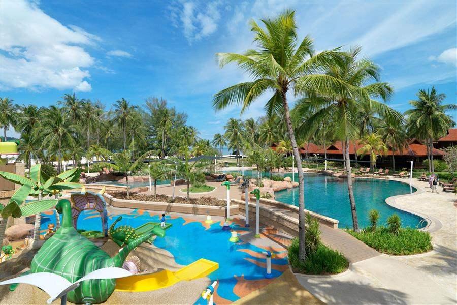 Meritus Pelangi Beach Resort and Spa Langkawi Swimming Pool