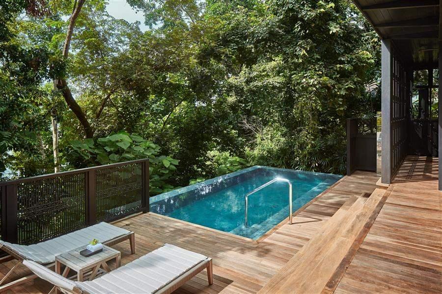 RainforestVillaPool