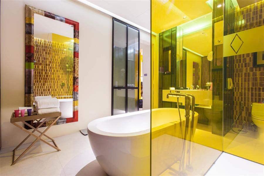 Mode Sathorn Hotel Guest Bathroom
