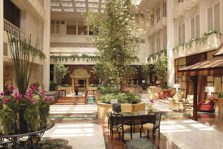 Shangri La Hotel Bangkok Lobby Area