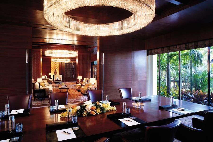Shangri La Hotel Bangkok Hotel Interior