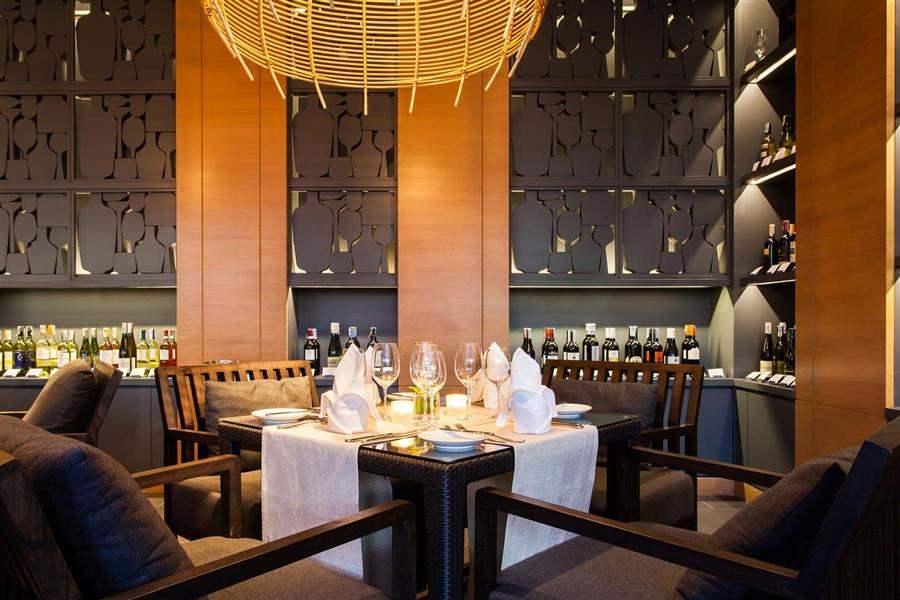 Amari Hua Hin Restaurant Interior