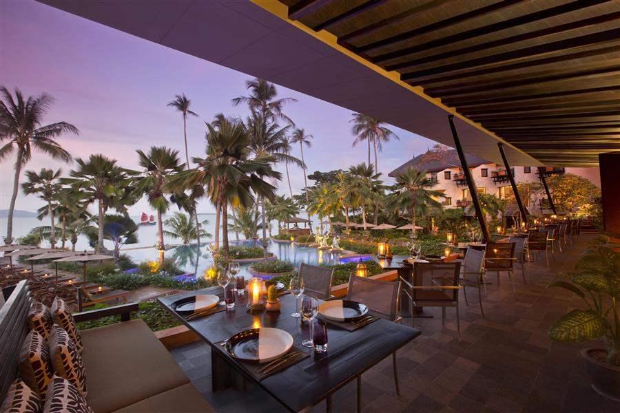 Anantara Bophut Resort Dining At Sunset