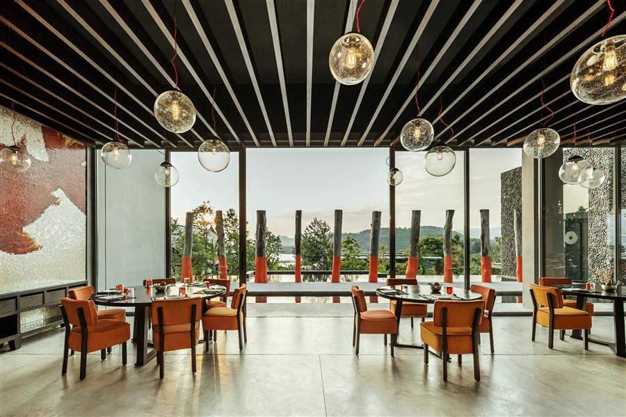 NahmyaaRestaurant