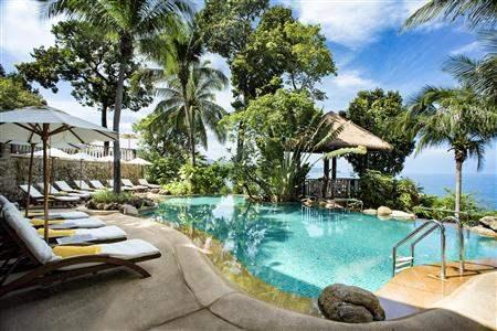 Centara Villas Pool