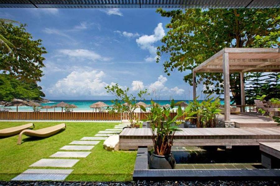 Le Meridien Beach Resort Phuket Garden