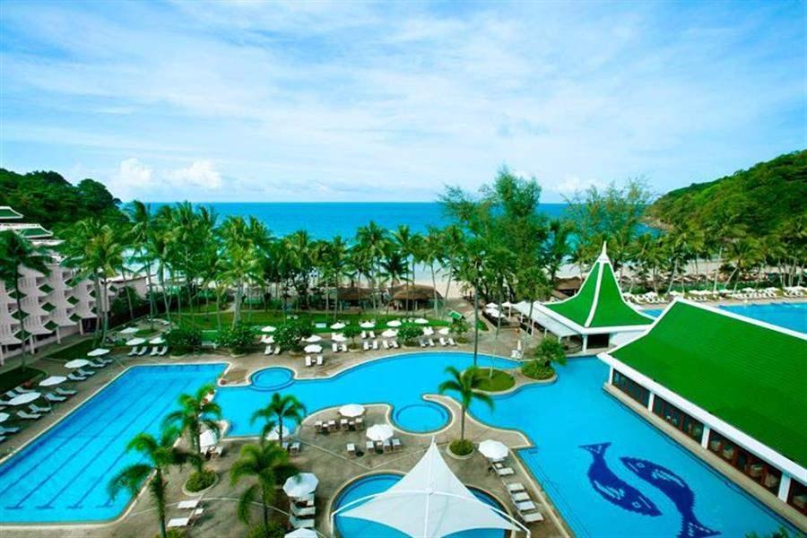 Le Meridien Beach Resort Phuket Pool View