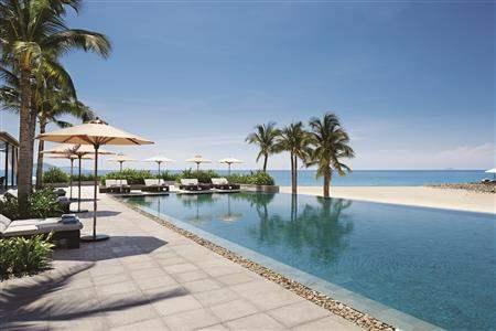 Mia Resort Nha Trang Pool