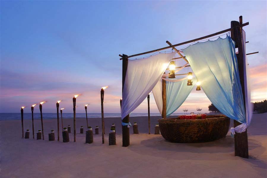 Anantara Mui Ne Resort  and Spa Beachfront Dining