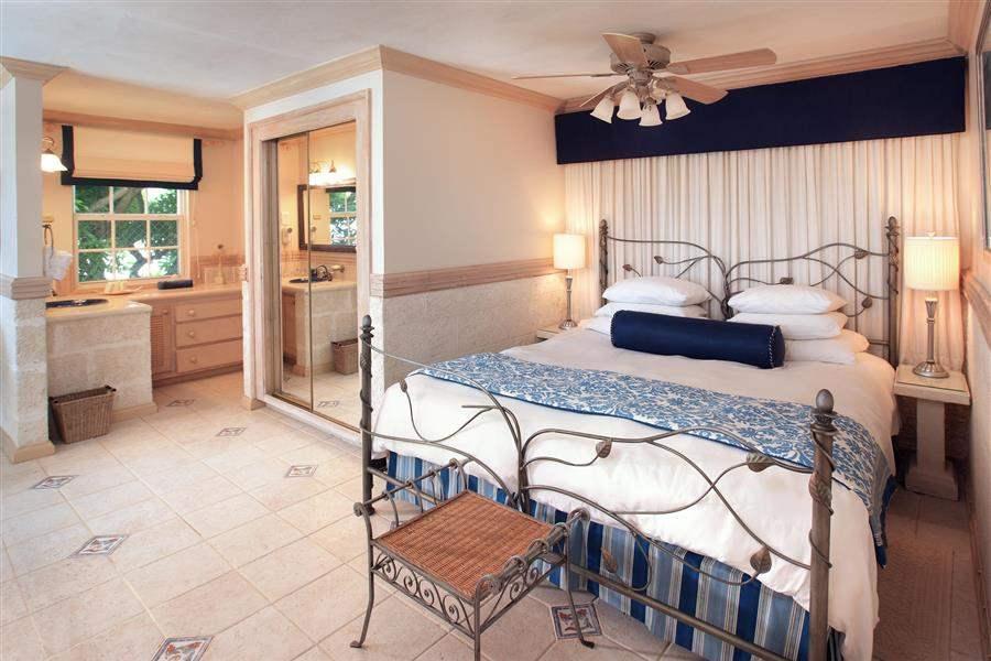 Almond Beach Resort Luxury Ocean Suite Bed