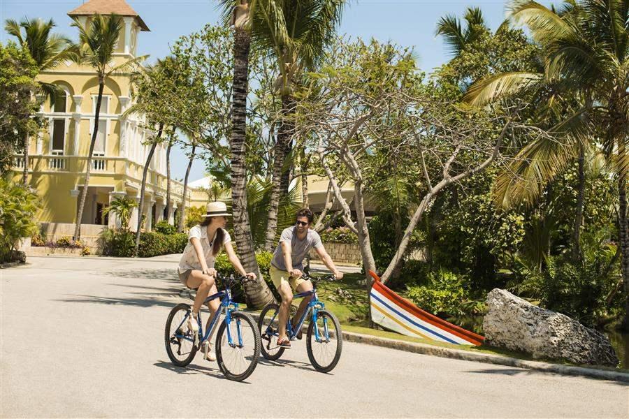 Couples On Bikes