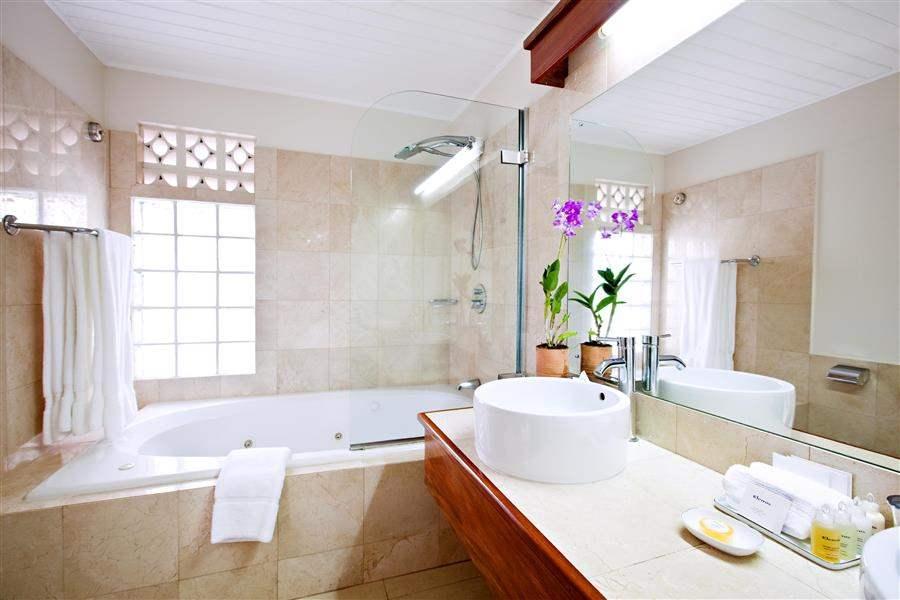 Calabash Grenada Hotel Bathroom