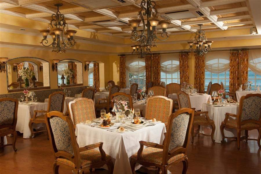 Sandals Regency La Toc Spa Beach Resort La Toc Restaurant