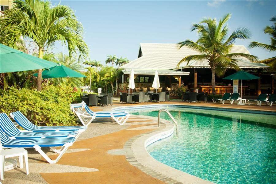 Coco Palm Swimming Pool