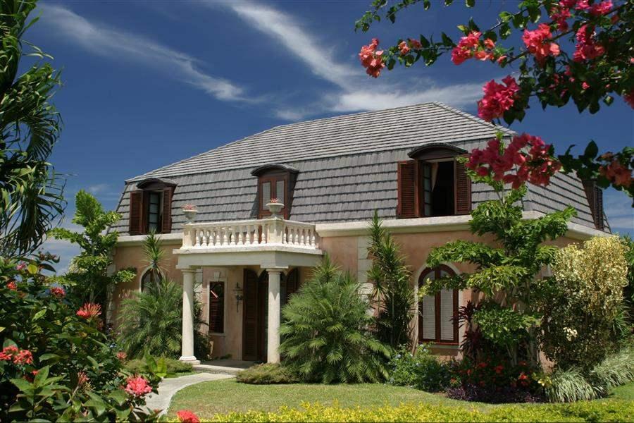 The Villasat Stonehaven Villa Exterior Day