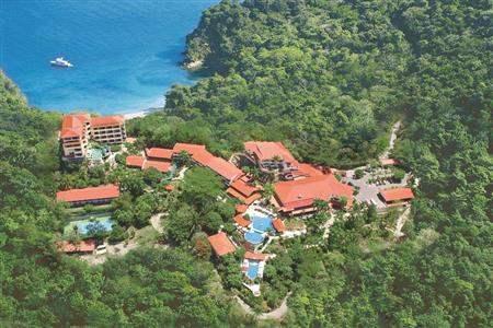 CSA-2000128-Resort