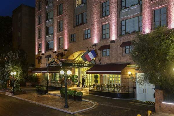 Sofitel Victoria Regina Hotel Exterior