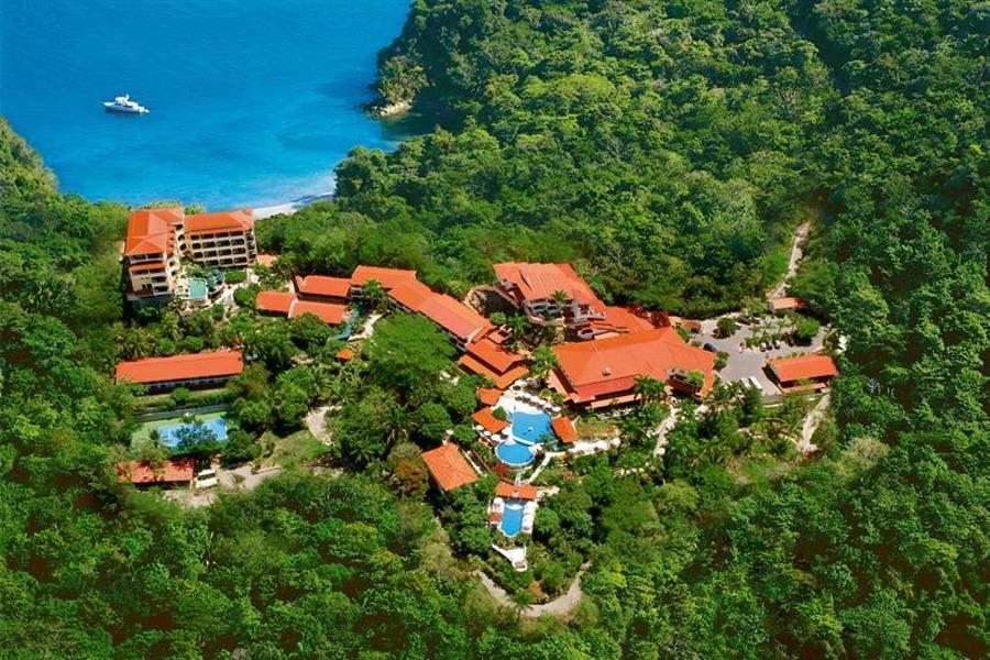 Hotel Parador overview