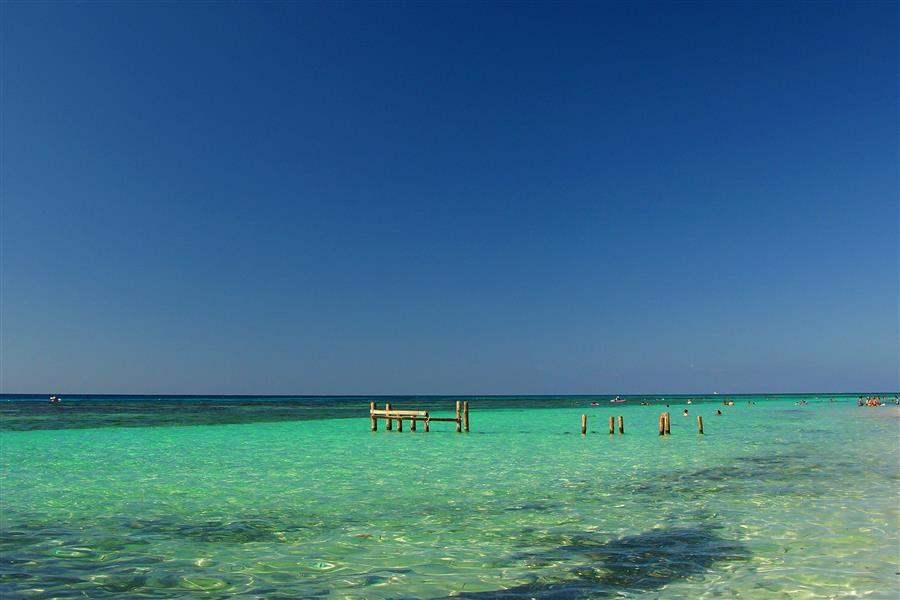 honduras Roatan beaches