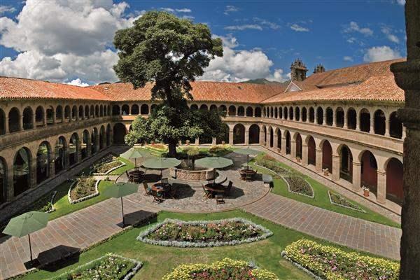 Hotel Monasterio Cusco exterior