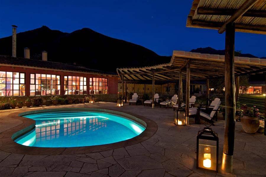 Sol y Luna Pool