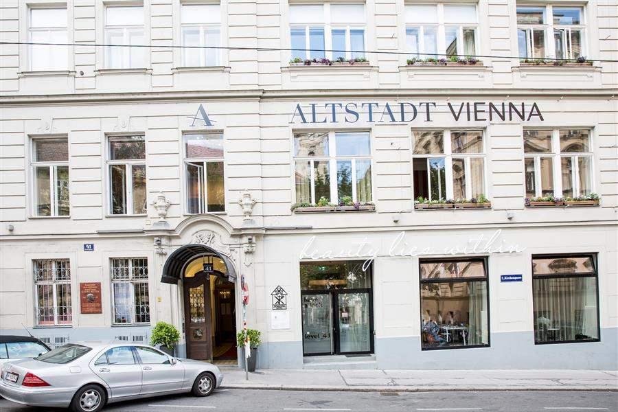 hotel altstadt vienna best at travel. Black Bedroom Furniture Sets. Home Design Ideas