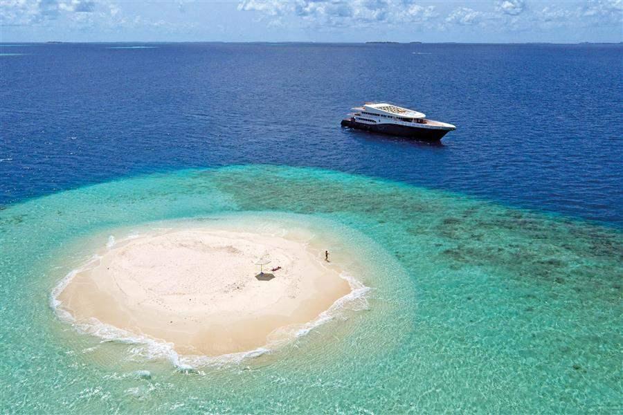 ScubaSpa Deserted Island