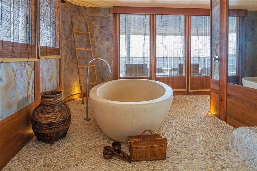 ScubaSpa Bathroom
