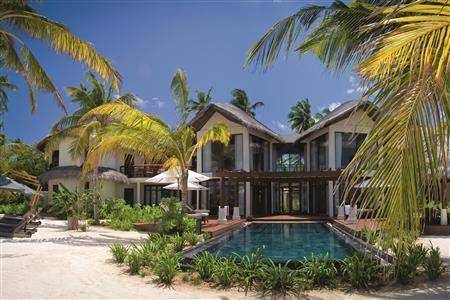 Constance Halaveli Resort Presidential Villa Exterior