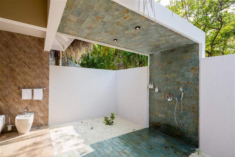 Beach Suite Shower