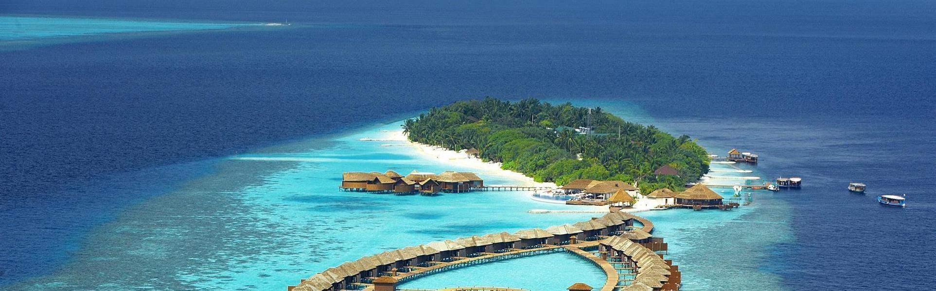 Lily Beach Resort & Spa at Huvahendhoo | Best at Travel